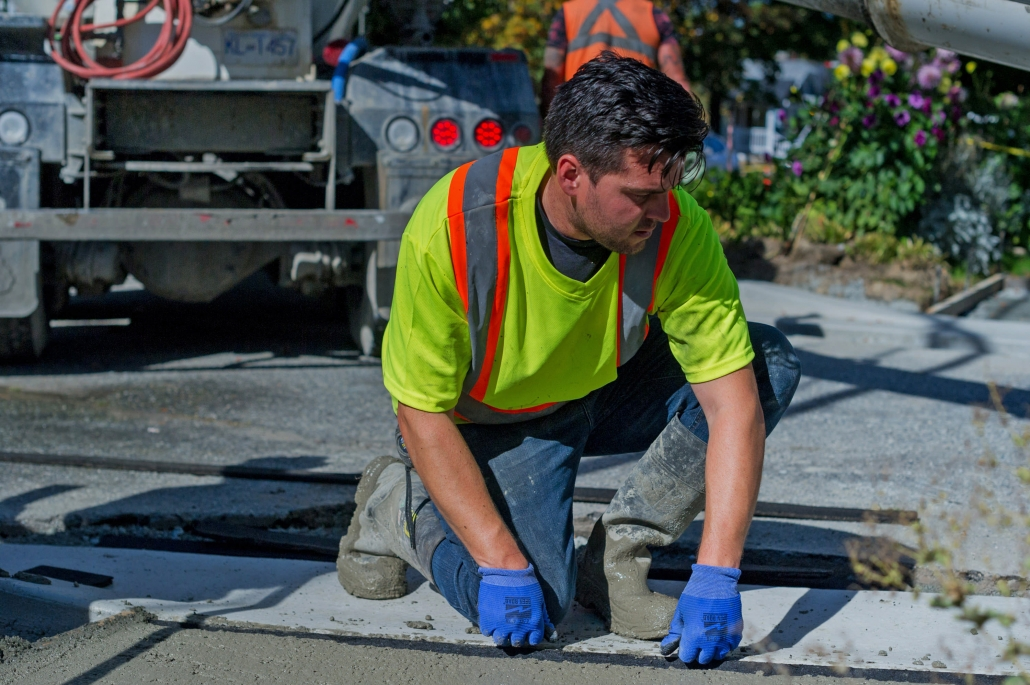 Sidewalk Installation and Repair